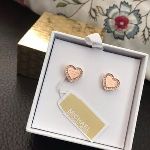 Michael kors earrings NWT in gift box in rose gold